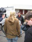 Pelztierzüchter bedroht Kamerateam undTierschützer