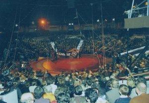 Start der animal-peace Kampagne 1993 bei Zirkus Krone in München bei