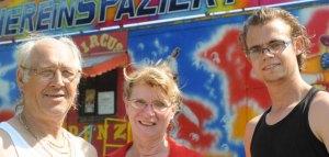 FFamilie Renz ist sauer über die Plakataktion. Hier ein Archivbild vom 25-jährigen Bestehen des Zirkus 2012 - Foto:Markus Joosten / FUNKE Foto Services